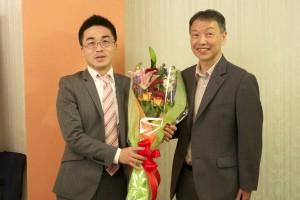 菅井七段と河村副会長。